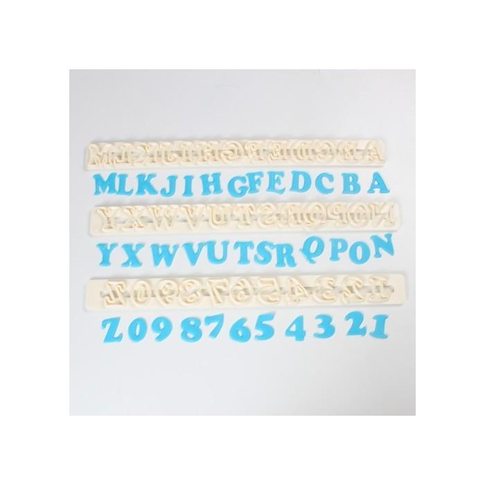Tagliapasta alfabeto e numeri maiuscolo